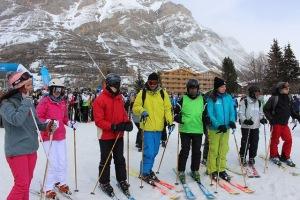 Les concurrents du challenge montagne prêts pour la descente
