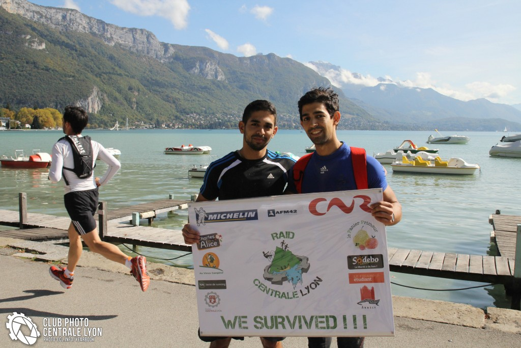 Mohamed et Nassim arrivée RCL.jpg